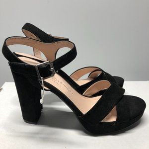 NWOT Chinese Laundry Always Platform Sandal 8.5